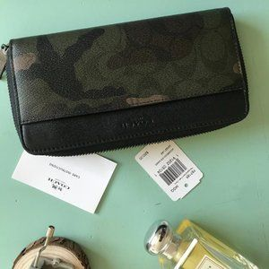 Coach Long Leather Wallet Military Design NWT